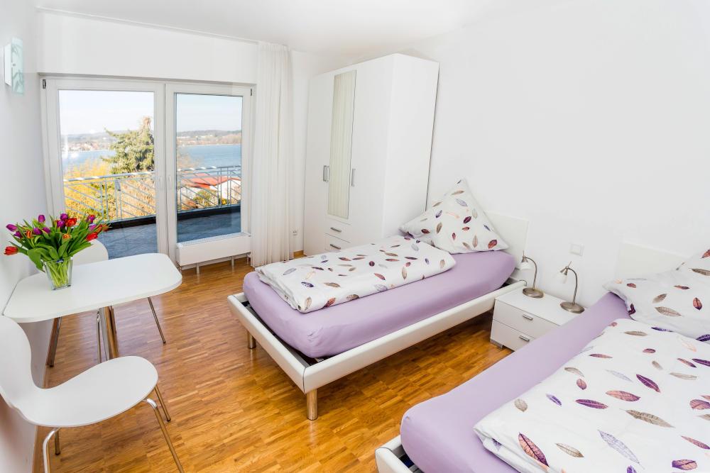 Haus Seegarten Reichenau - Wohnung Panorama - Schlafzimmer